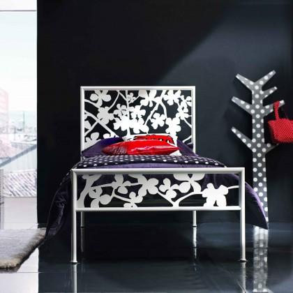 Кованая кровать Альбилу