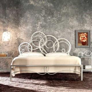 Кованая кровать Тонлио