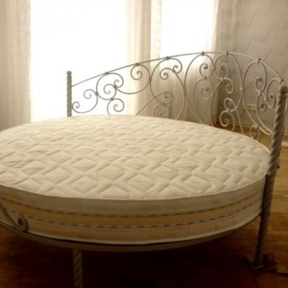 Кованая кровать Джерап