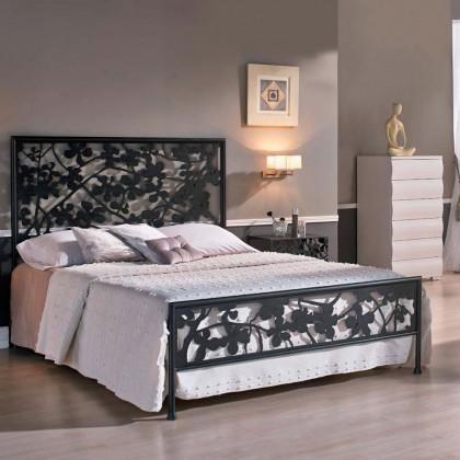 Кованая кровать Олемора
