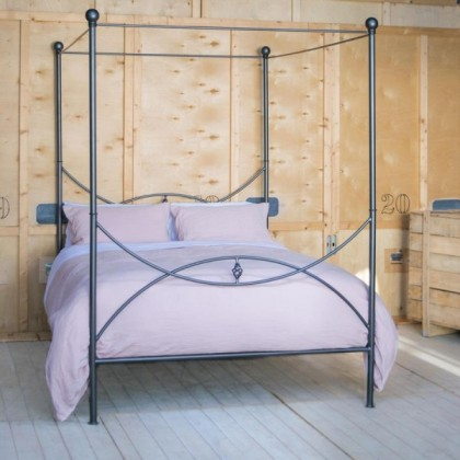 Кованая кровать Латта
