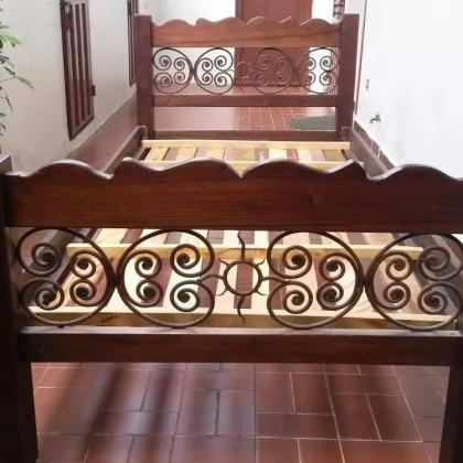 Кованая кровать Джамор