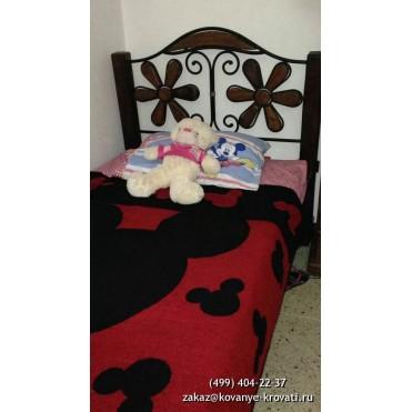 Кованая кровать Лекрах