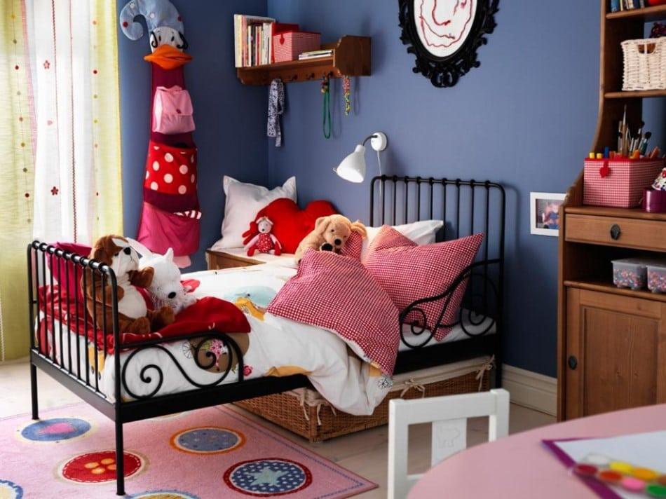 Кованая кровать для девушки
