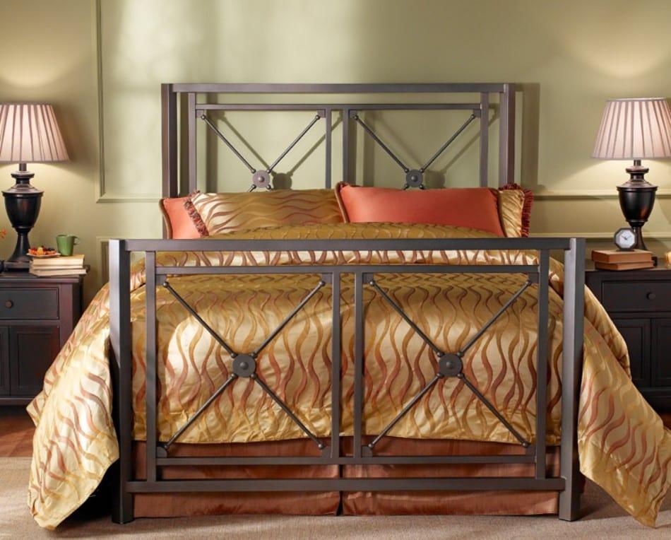 Кованые кровати из Китая