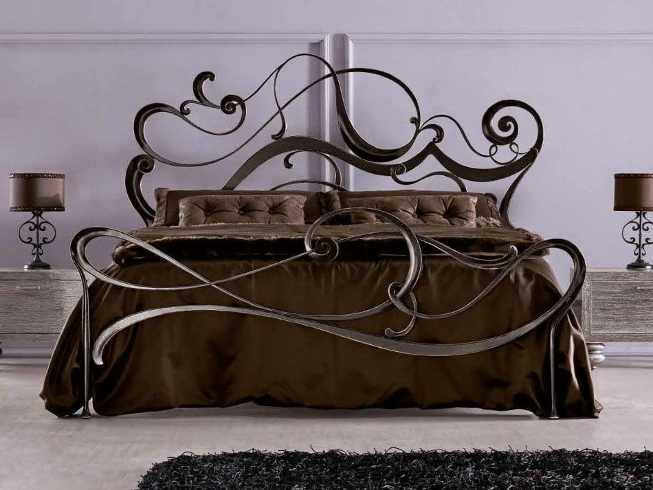 Кованые кровати из России