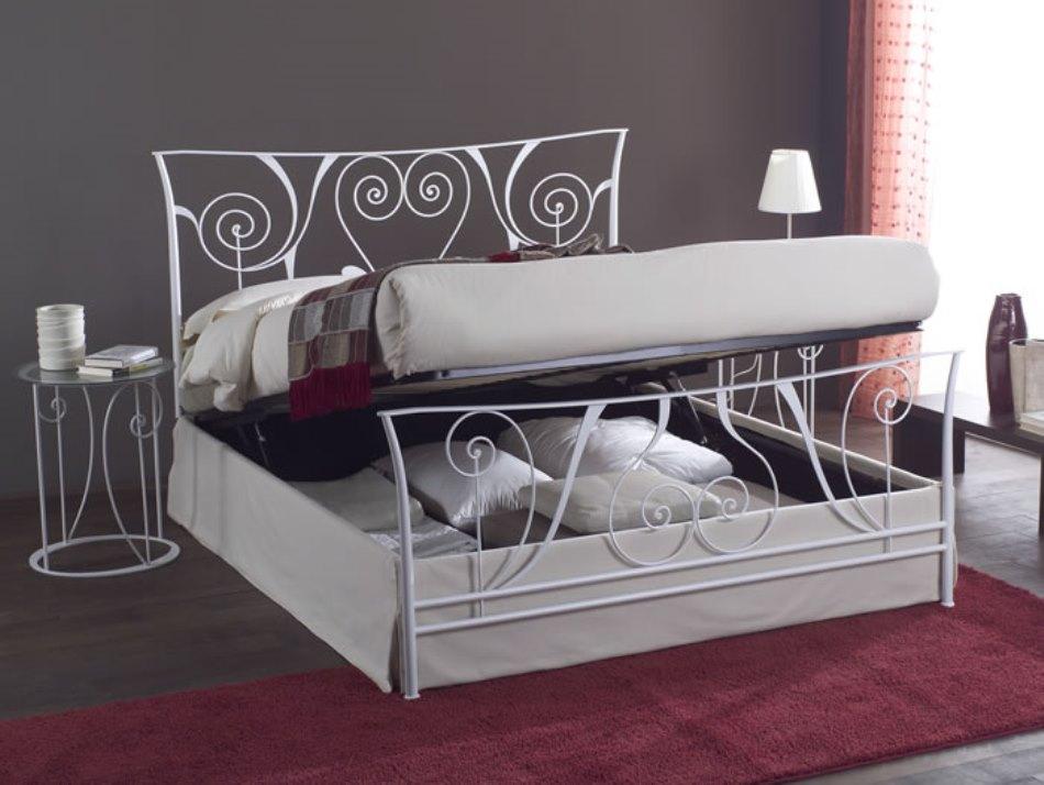 Кованая кровать трансформер