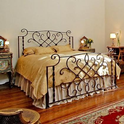 Кованая кровать Анамира 1