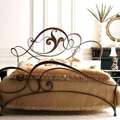 Кованая кровать Хильдеар 1