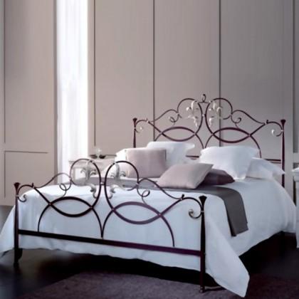 Кованая кровать Изандоро 1