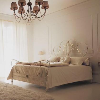 Кованая кровать Рунилорд 1