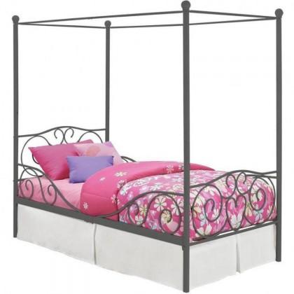 Кованая кровать Ингогриф 1