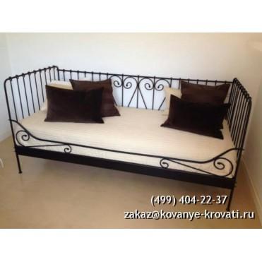 Кованая кровать Дорбранд