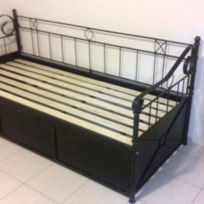 Кованый диван Арнебронд 1