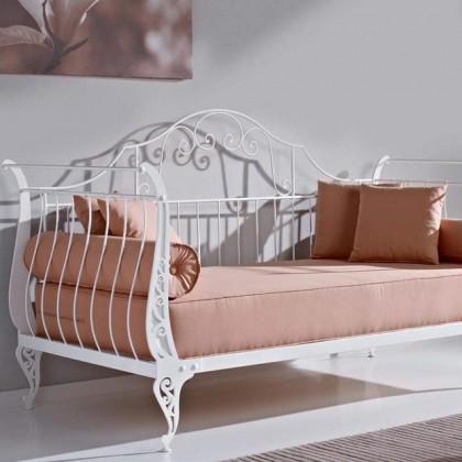 Кованый диван Гостегост 1