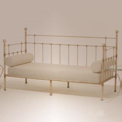 Кованый диван Рекмунд 1