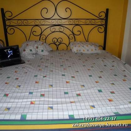 Кованая кровать Адельнио 1