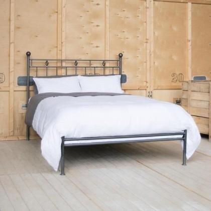 Кованая кровать Арнио 1
