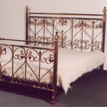 Кованая кровать Гейрген 1