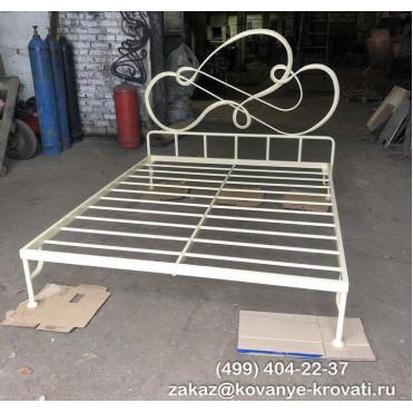Кованая кровать Траст
