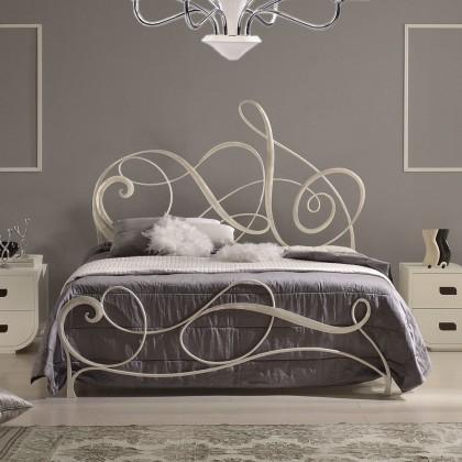Кованая кровать Арневоль 1