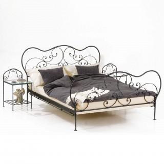 Кованая кровать Бертаиес