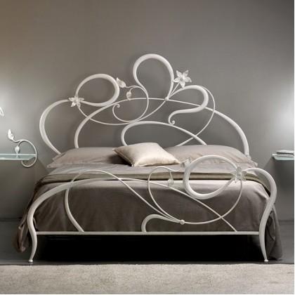 Кованая кровать Мергот 1
