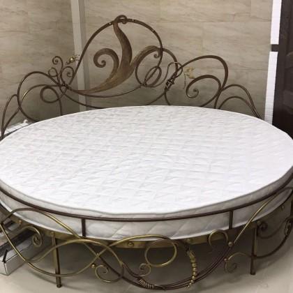 Кованая кровать Адальвен 1