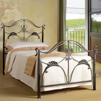 Кованая кровать Бранигвин 1