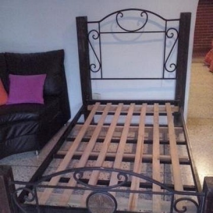 Кованая кровать Брендберт 1