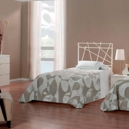 Кованая кровать Гергегон 1