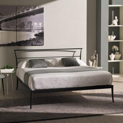 Кованая кровать Ингижа 1