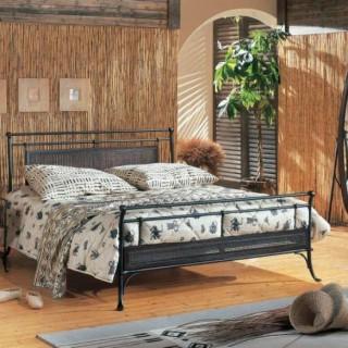 Кованая кровать Иувифф