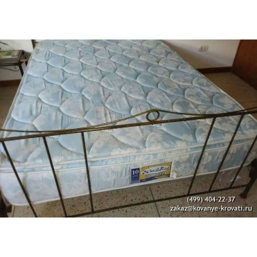 Кованая кровать Ене