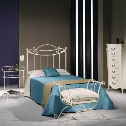 Кованая кровать Иосгрин 1