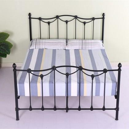 Кованая кровать Исантри 1