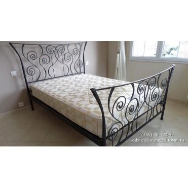 Кованая кровать Кюрди