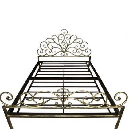 Кованая кровать Нардгун 1
