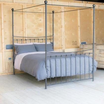 Кованая кровать Етлерд 1