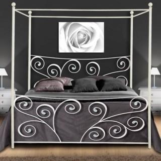 Кованая кровать Нугун