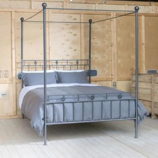 Кованая кровать Нуира