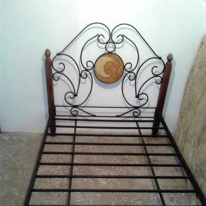 Кованая кровать Альбoку 1