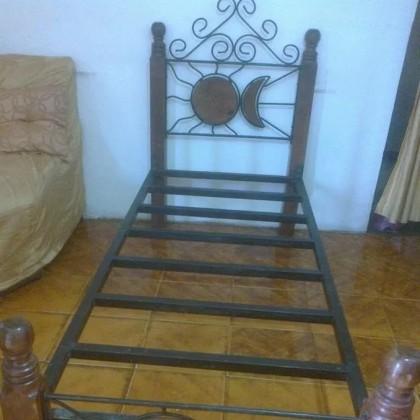 Кованая кровать Гартта 1