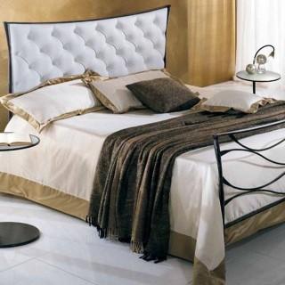 Кованая кровать Кэрди