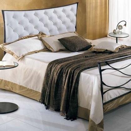 Кованая кровать Кэрди 1