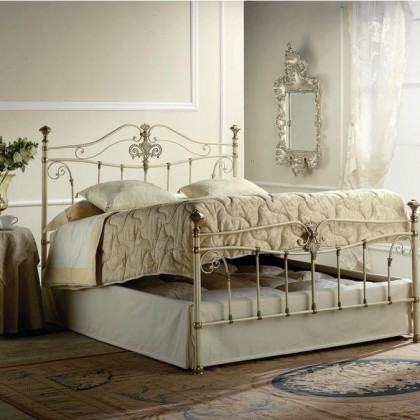 Кованая кровать Адельгунда 1