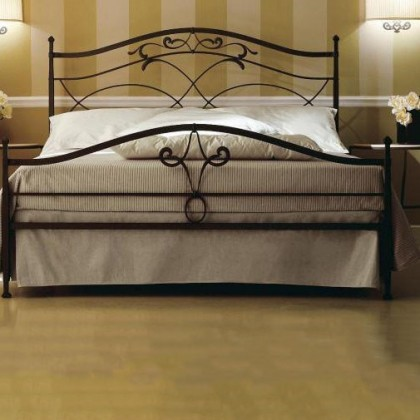 Кованая кровать Илгост 1